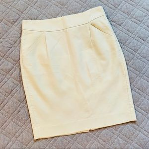 🆕🦋 J. Crew Classic Cream Pencil Skirt, Size 4